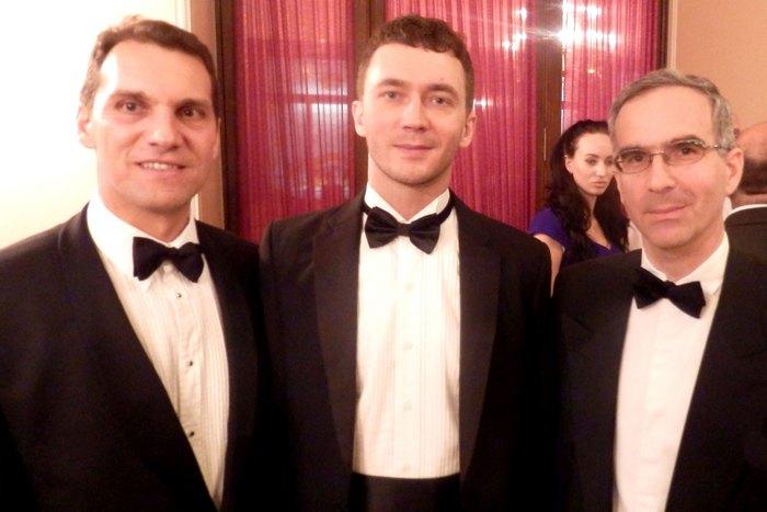 Μάρκος Πέππας, Oleg, Dubov των ξενοδοχείων Aman Resort of Montenegro, Παύλος Χορν