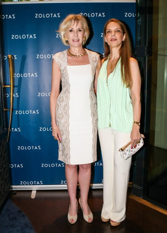 Η Πρόεδρος του οίκου ZOLOTAS Marianne Le Clère-Papalexis με την Ασπασία Λεβέντη.