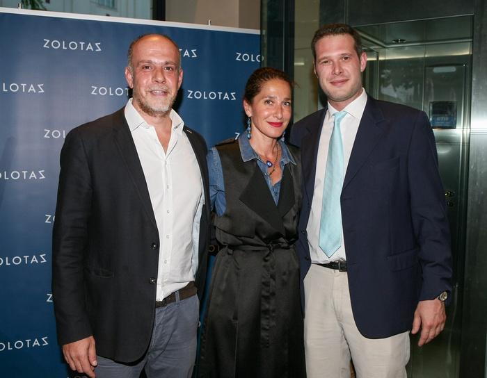 Ο Κώστας Α. Χατζηπατέρας με την Κατερίνα Ψωμά και τον CEO του οίκου ZOLOTAS Γιώργο Παπαλέξη.