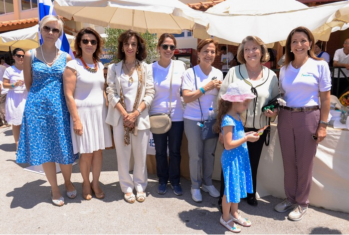 κ. Dee Baker, Marketing Manager Campion School, κ. Σοφία Καμπάνη, κ. Carmen Serrano de Haro, κ. Nicola Pinedo, κ. Καίτη Δαυίδ, κ. Παυλοπούλου, κ. Βάνα Λαβίδα