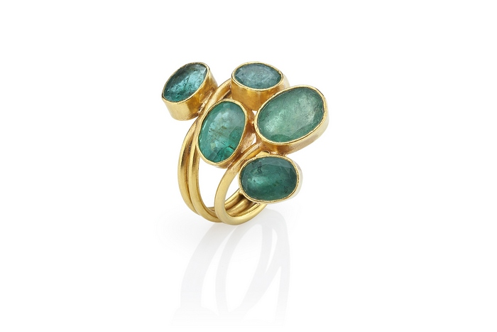 ok Grapes_Ring with emeralds 22K