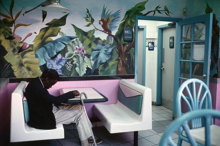 Constantine Manos/American Color