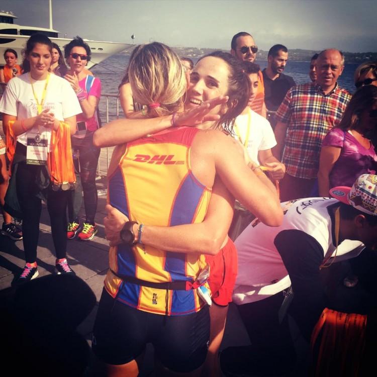 Η Μάγδα Γαζέα μαζί με την Ντενίζ Δημάκη στον τερματισμό - μία υπέροχη στιγμή...