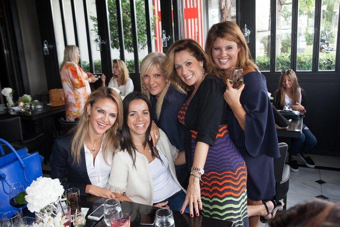 Μαρία Ψωμά, Μαρία Παρασκευά, Ελένη Τζέτζα, Τζίνα Θανοπούλου, Φαίη Μπέη