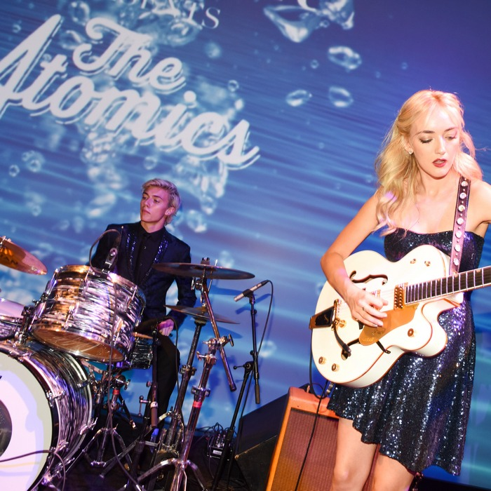Performance, The Atomics