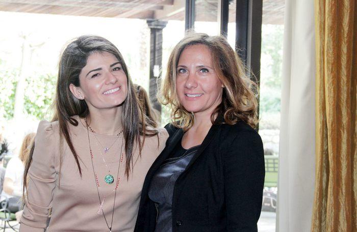Η Στέλλα Κριτσίμη του KRITSIMIS jewellery με την Έλενα Μπινιάρη του Hyatt