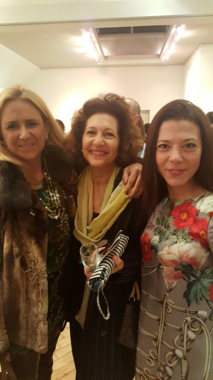 Mαρία Χατζηπατέρα, Yassi Rees-Evans, Σοφία Κωνσταντοπούλου