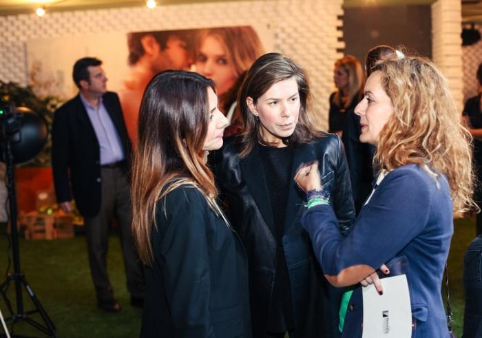 Πέπυ Σιούτη, Διευθύντρια DKNY / Νάντια Μπακοπούλου, Διεύθυνση Διαφήμισης Votre Beaute / Πάτια Ιορδανίδου, Υπεύθυνη Σύνταξης Votre Beaute