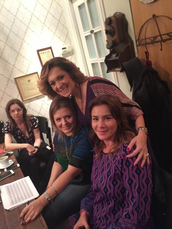 Η Τζίνα Θανοπούλου με την Ειρήνη Γεωργίου και την Βάσω Λιούμη