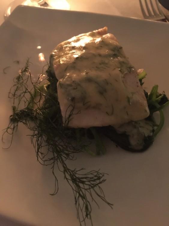 Φρέσκος Ελληνικός Βακαλάος με άγρια χόρτα και σάλτσα αυγολέμονο...Άλλο ένα κορυφαίο πιάτο που και μόνο για αυτό θέλω να ξανά έρθω! Σύντομα...