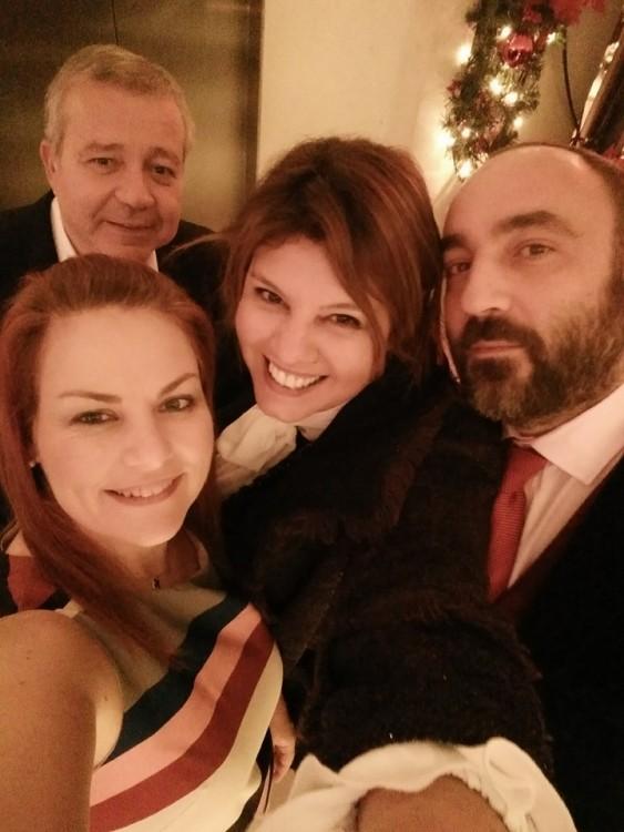 Με τον Λευτέρη Πλατανησιώτη, την Σάντρα Μανιουδάκη και τον Νικόλα Κατσαρό, προχθές βράδυ στον Αστέρα