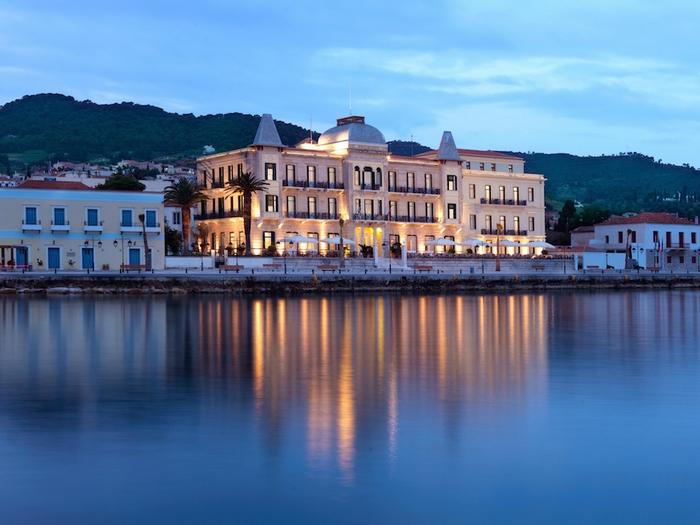 Το Poseidonion Grand Hotel...