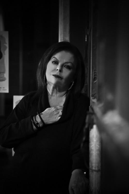Το αριστούργημα του Τένεσι Ουίλιαμς «Ο τελευταίος επισκέπτης», σε μετάφραση Ερρίκου Μπελιέ και σκηνοθεσία Κοραή Δαμάτη κάνει πρεμιέρα στις 21 Ιανουαρίου, με τη Νόρα Κατσέλη στο ρόλο της Φλώρας Γκόφορθ.