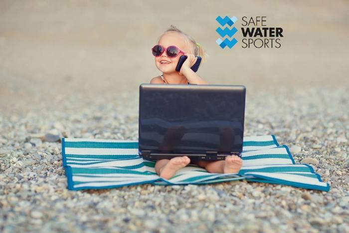 Γίνε Εθελοντής: Η κοινωνική μη-κερδοσκοπική πρωτοβουλία Safe Water Sports ιδρύθηκε με βασικό στόχο την ενημέρωση και ευαισθητοποίηση της κοινωνίας πάνω σε θέματα που σχετίζονται με τις δραστηριότητες (αθλητικές και ψυχαγωγικές) στο νερό και τη θάλασσα, με ιδιαίτερη έμφαση στην ασφάλεια και την πρόληψη των ατυχημάτων. Στο Safe Water Sports πιστεύουμε στον εθελοντισμό και όσα αυτός προσφέρει και πρεσβεύει. Στο σωματείο μας υπάρχει ένα οργανωμένο σώμα εθελοντών που ξεκινά από το Διοικητικό Συμβούλιο του Σωματείου και το προσωπικό που προσφέρει τον ελεύθερο του χρόνο εθελοντικά για να υποστηρίξει τις δράσεις και τις πρωτοβουλίες μας. Οι εθελοντές μας είναι πολύτιμοι αρωγοί στην καθημερινή και πανελλαδική προσπάθειά μας για την επίτευξη του οράματός μας. Μας βοηθούν και μας υποστηρίζουν στην διάδοση, βελτίωση και αναβάθμιση όλων των μέσων που έχουμε στην διάθεσή μας για την προώθηση των στόχων του Safe Water Sports. Oι εθελοντές μας είναι ανεκτίμητοι βοηθοί σε αυτόν τον αγώνα και τους ευχαριστούμε θερμά.