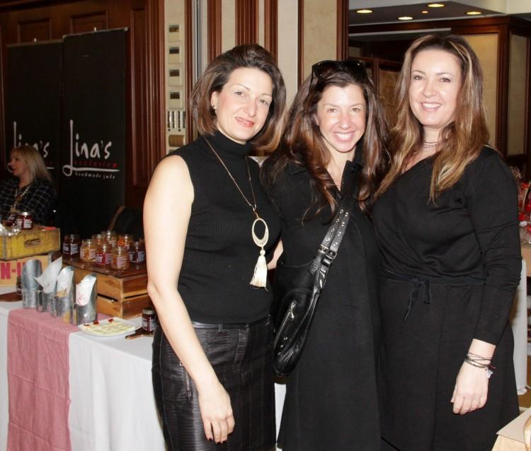 Σύλβια Κουμεντάκη της Chef stories με τη Μαρία Διαμαντοπούλου & την Φένια Παπαλουκά του Ακροκέραμο