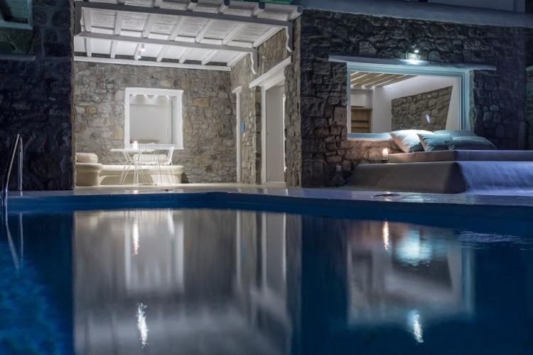 Bill-Coo-Suite-Mykonos-Greece-1