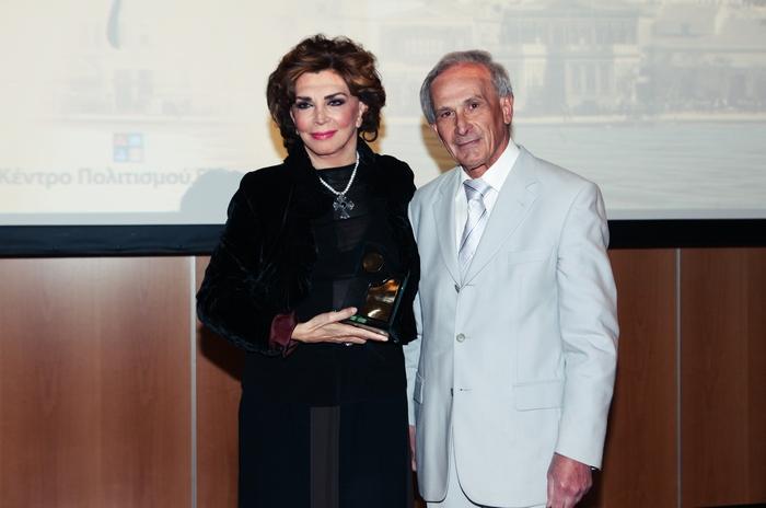 Μιμή Ντενίση, Γιώργος Αρχοντάκης, Πρόεδρος Ένωσης Σμυρναίων