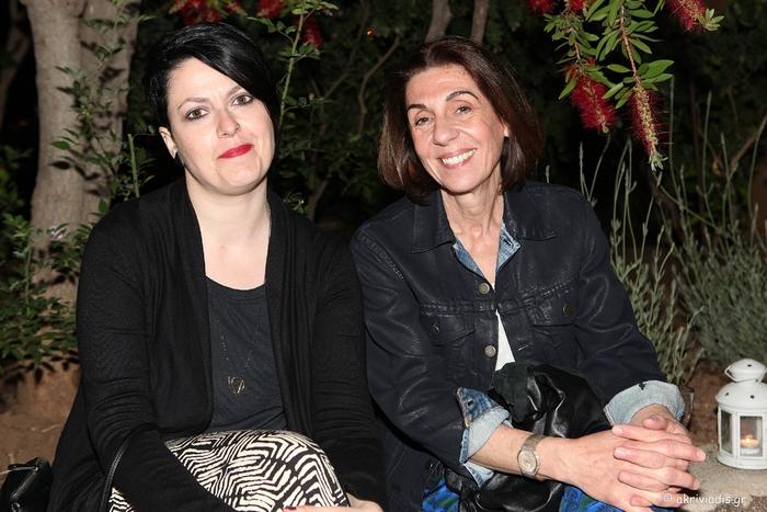Η Λάρυ Φέλιου και η Φανιώ Μιχαλοπούλου.
