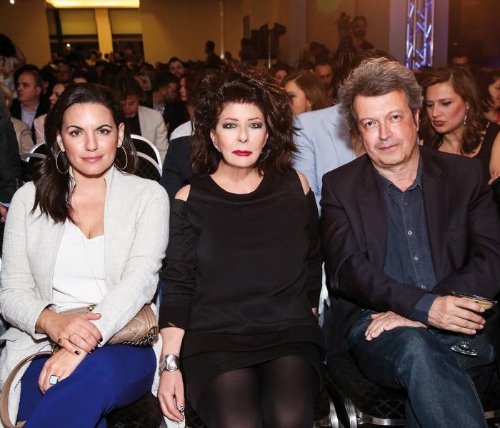 Όλγα Κεφαλογιάννη (βουλευτής και πρώην υπουργός Τουρισμού), Άννη Ηλιοπούλου (ιδιοκτήτρια περιοδικού Αθηνόραμα), Πέτρος Τατσόπουλος (συγγραφέας)