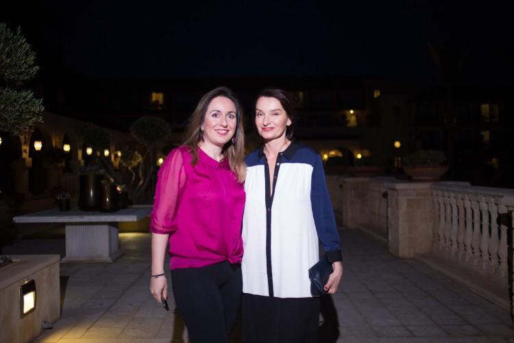 Υπέρκομψες η Νίνα Μητσοπούλου και η Χαρά Μαυροειδή