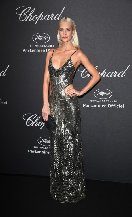 CANNES, FRANCE - MAY 16: Poppy Delevingne attends Chopard Wild Party as part of The 69th Annual Cannes Film Festival at Port Canto on May 16, 2016 in Cannes, France. (Photo by Daniele Venturelli/Getty Images) *** Local Caption *** Poppy Delevingne