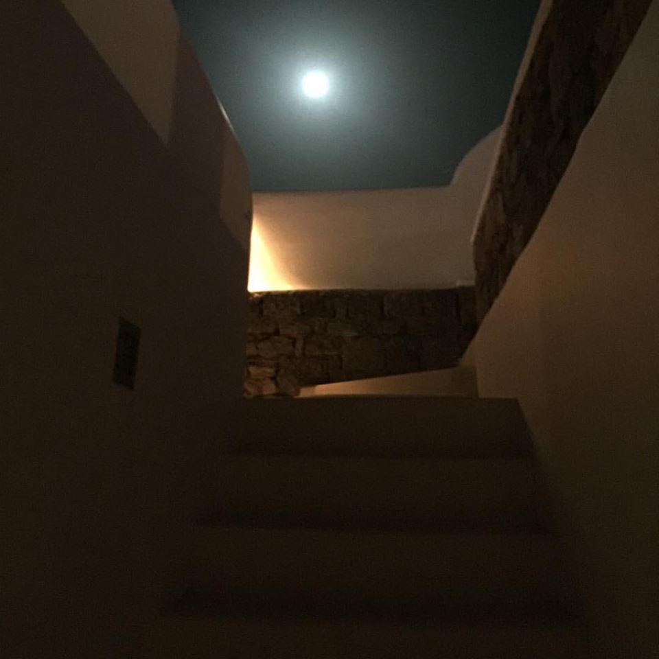 Full moon στο σπίτι, στον Καλαφάτη...