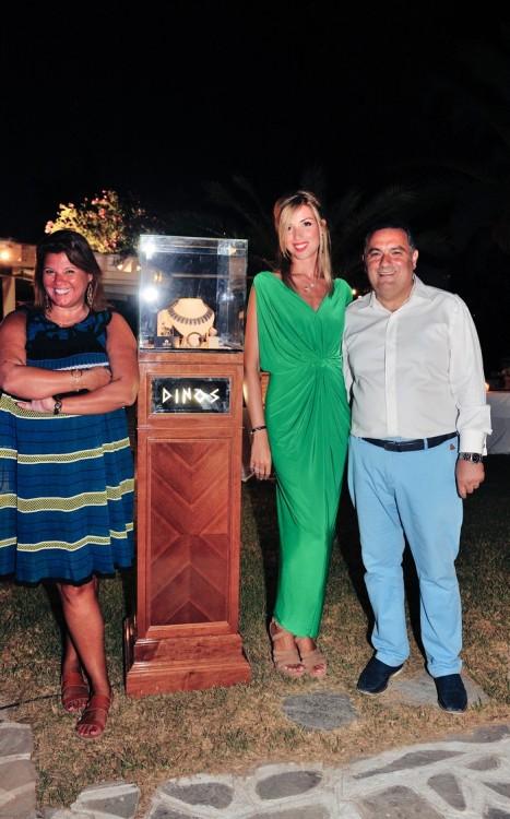 Με το ζεύγος Ντίνου & Εύης Κούκιαρη, οι οποίοι προσέφεραν ένα πολύτιμο κόσμημα για τους σκοπούς της βραδιάς!