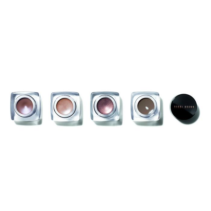 Limited-Edition, Long-Wear Cream Shadow Κρεμώδες με απαλό, βελούδινο φινίρισμα, που διαρκεί έως και 12 ώρες...
