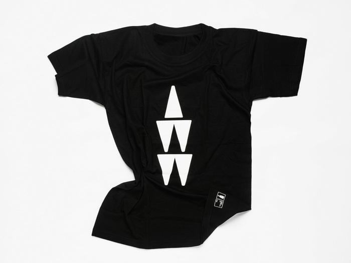 T-Shirt με το λογότυπο της έκθεσης Σχεδιασμός : BEND | 16,00 €