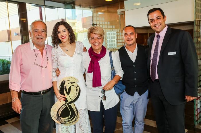 Κωνσταντίνα Τσώνου και Γιώργος Γεωργακόπουλος από το Crowne Plaza και John Casoulli, Ηλίας Ρούμης και Μαργαρίτα Τζιφάκη από το IMT
