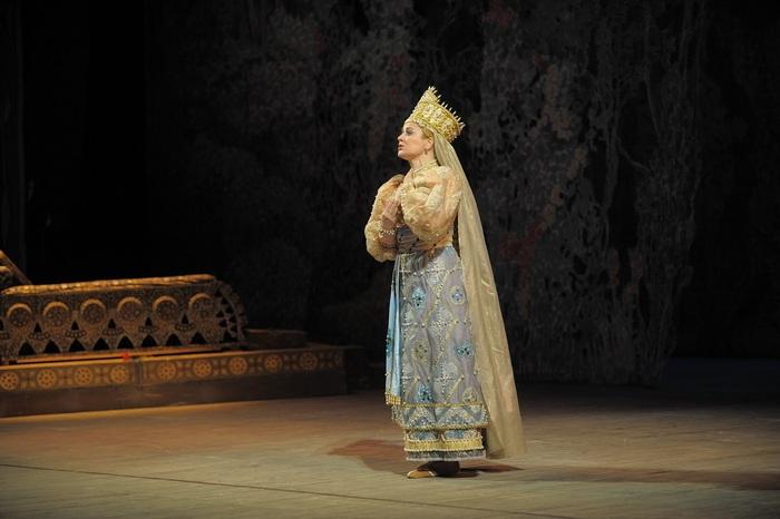 ok 05.-GALA-OPERASRuslan and Lyudmila by Valentin Baranovsky © State Academic Mariinsky Theatre