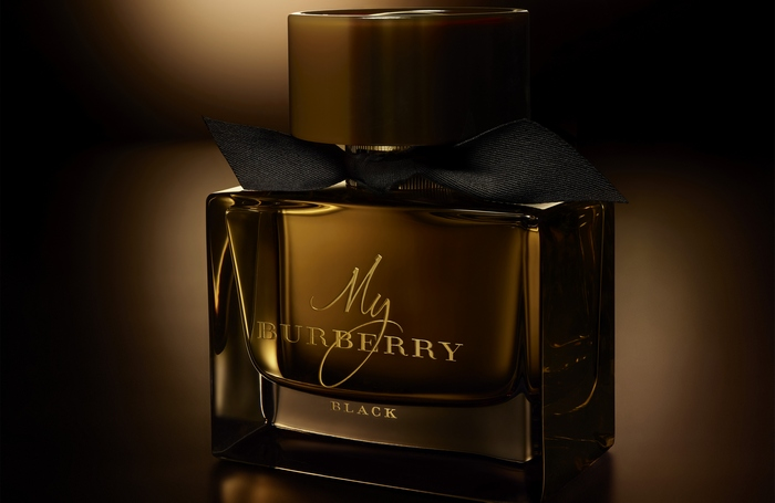 ok MY_BURBERRY_BLACK_AMBIENT_STILLS_02