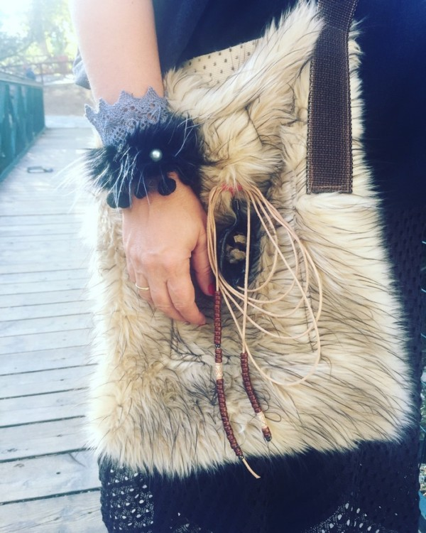 Την φοράω σήμερα πρώτη φορά, και από ότι φαίνεται θα την κρατάω και όλο τον χειμώνα....