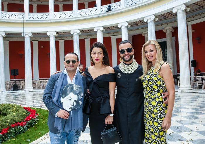 Ο Βασίλης Ζούλιας, με την ηθοποιό Τόνια Σωτηροπούλου, και την προέδρο της διοργάνωσης ΑXDW Τόνια Φουσέκη