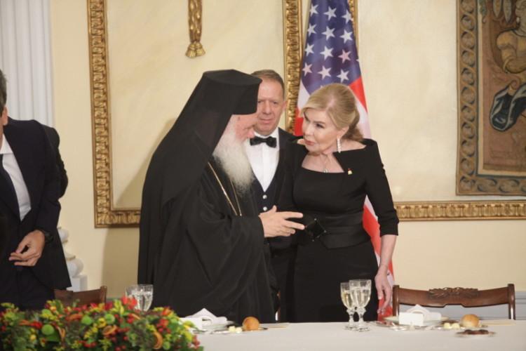 Η Μαριάννα Βαρδινογιάννη και ο Αρχιεπίσκοπος Ιερώνυμος