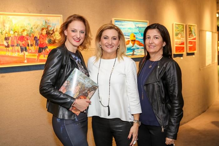 Η επικεφαλής Κασταλία Σαμοΐλη, η πρόεδρος του Ταμείου Υποτροφιών Μαργαρίτα Κουτεντάκη και η αντιπρόεδρος Κατερίνα Πρωτοψάλτη