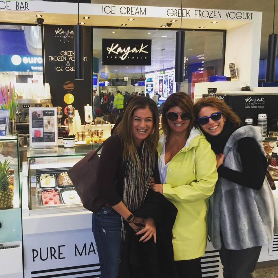 """Το μαγικό αυτό long long weekend ξεκινά με την συνάντηση μου με τις κολλητές μου Σαλώμη και Μαρίλυ, στο εντυπωσιακό corner της Kayak, στο """"ΕΛ.Βενιζέλος""""... Let the magic begin!!!"""