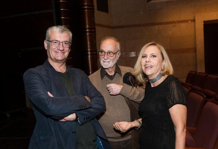 Ο Βαγγέλης Θεοδωρόπουλος με τον Θανάση Παπαγεωργίου και τη Λόλα Νταϊφά.