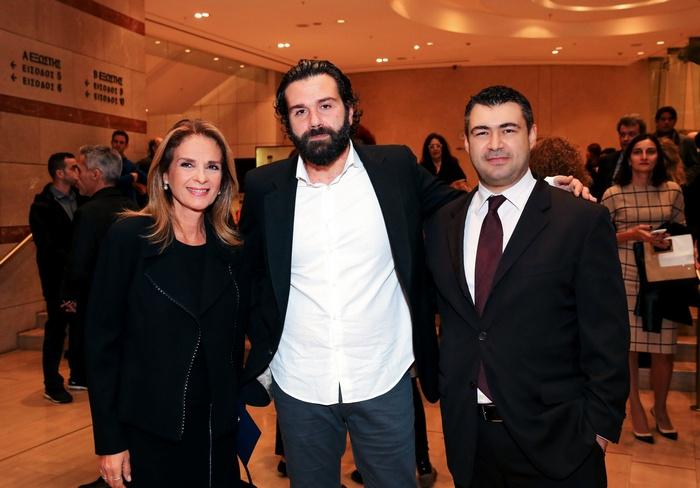 Ο εκδότης του Αθηνοράματος Δημήτρης Ηλιόπουλος με την Πέγκυ Σταθακοπούλου και τον Τάσο Ιορδανίδη.