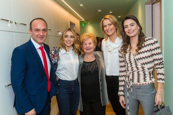 Δημήτρης Νάνης (κοινωνικός λειτουργός του Ξενώνα), Μαριάννα Γουλανδρή Λαιμού, Άννα Παναγοπούλου (διευθύντρια του Ξενώνα), Tatiana Blatnik, Λάουρα Λαλαούνη Μακροπούλου.