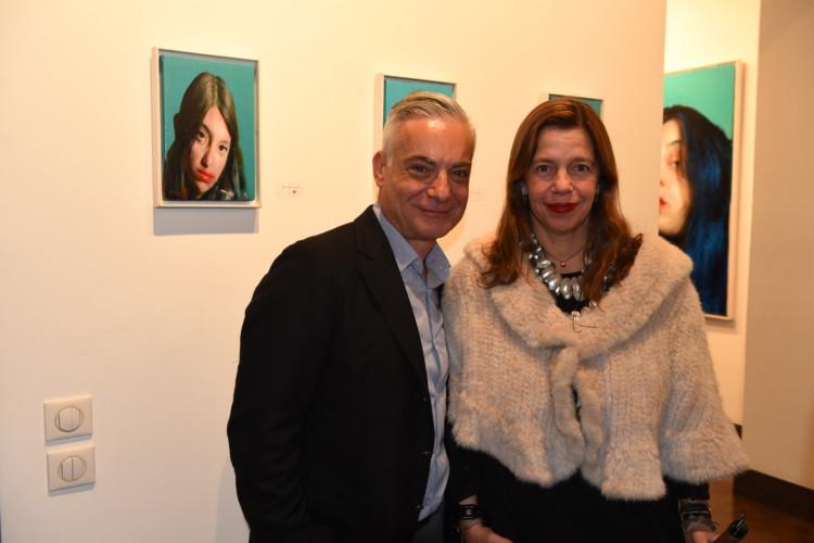 Ο δημοσιογράφος Νίκος Βατόπουλος με την Ιστορικό Τέχνης και τεχνοκριτικό Ίρις Κρητικού.