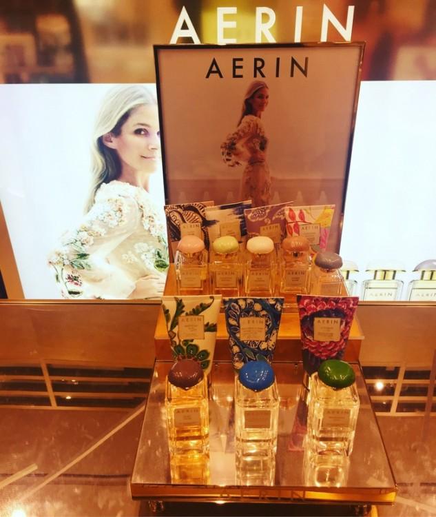 Όση αδυναμία έχω στην Estee Lauder, άλλη τόση έχω στο brand της Aerin. Ιδίως μετά την γνωριμία μας στη Νέα Υόρκη..