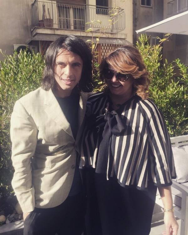 Στην πίσω αυλή του Gino Hairandmore, με τον Αλέξανδρο Λιάκο και το νέο μου ανανεωμένο look.