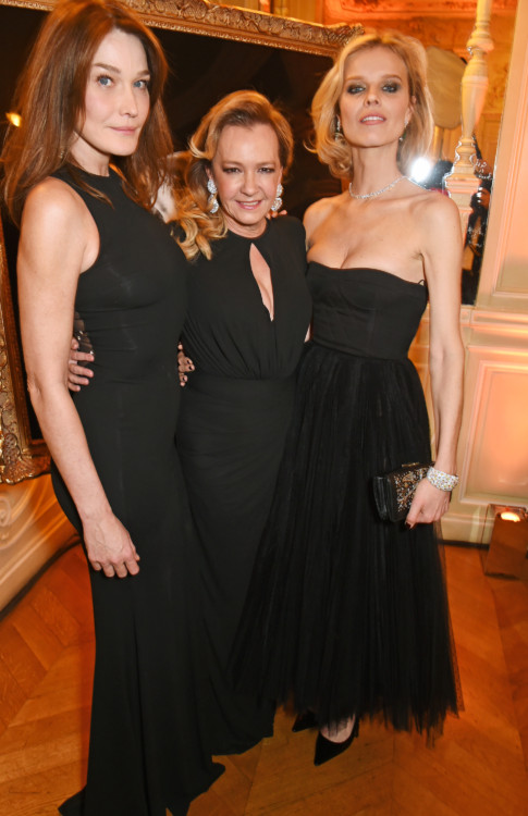 PARIS, FRANCE - JANUARY 21: (L to R) Carla Bruni, Caroline Scheufele, Artistic Director and Co-President of Chopard, and Eva Herzigova attend as Chopard presents The Garden Of Kalahari collection at Theatre du Chatalet on January 21, 2017 in Paris, France. Pic Credit: Dave Benett