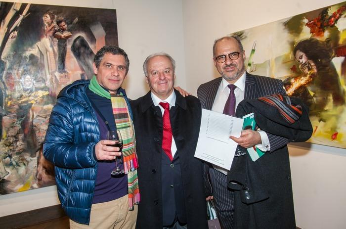 Ο ζωγράφος Γιώργος Χαδούλης, με τους συλλέκτες Αντώνη Χατζηιωάννου και Γιώργο Ναούμ