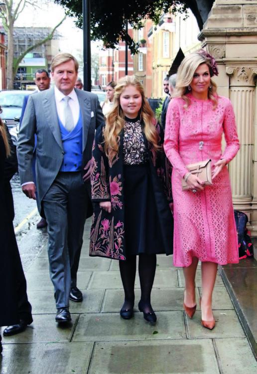 Ο Βασιλιάς της Ολλανδίας Ουίλιαμ – Αλεξάντερ, η Βασίλισσα Μαξίμα και η κόρη τους πριγκίπισσα Καταρίνα- Αμαλία