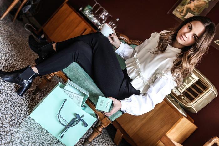 Η Πατρίτσια Περιστέρη δεν αποχωρίζεται την goοdie bag της Darphin γιατί εκεί κρύβονται τα μυστικά ομορφιάς της