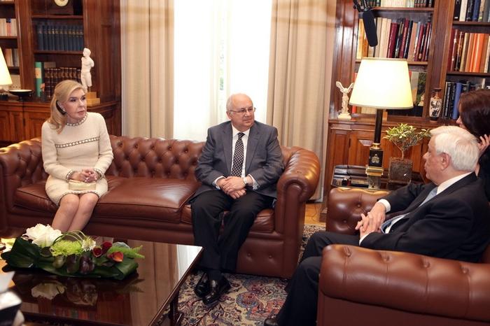 Ο Πρόεδρος της Δημοκρατίας υποδέχεται τον Δρ. Ismail Serageldin, την κυρία Μαριάννα Β. Βαρδινογιάννη και τον Ακαδημαϊκό Καθηγητή Χρήστο Ζερεφό στο Προεδρικό Μέγαρο.