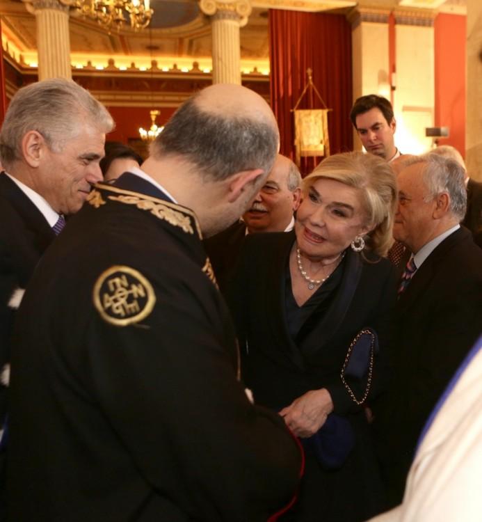 Η Μαριάννα Β. Βαρδινογιάννη συγχαίρει τον κύριο Moscovici