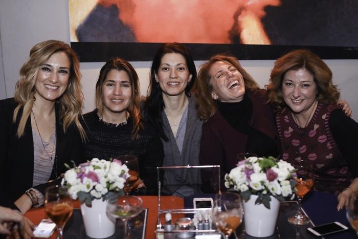 Ρούλα Λινάτσα, Γιασμίν Οικονομοπούλου, Καλλιόπη Τζοάννου, Μαρίλυ Καλαβρού-Φίλιου, Ann Renee Stathis-Acilleoudis